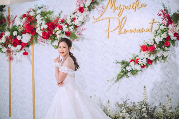 The Moment by With Love Studio-1988155811971514.jpg